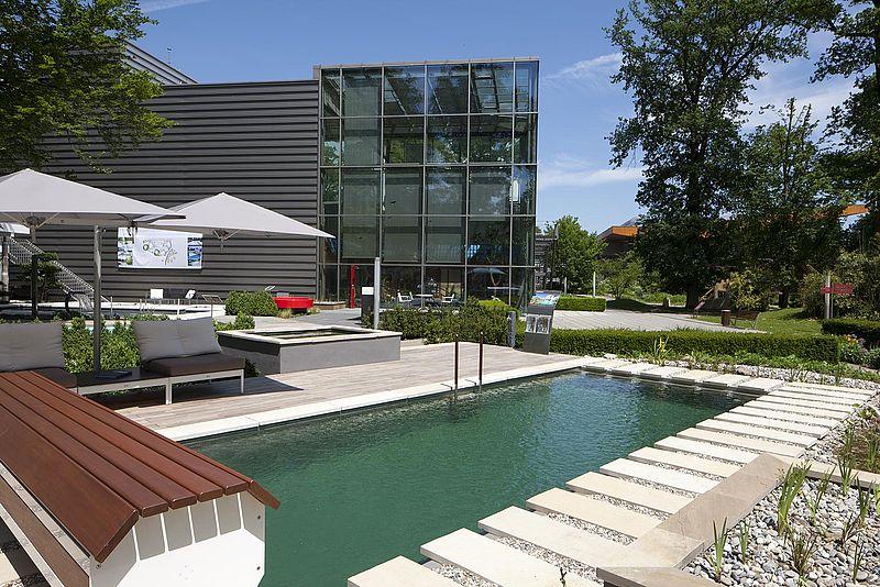 poolsplace ideal eichenwald. Black Bedroom Furniture Sets. Home Design Ideas